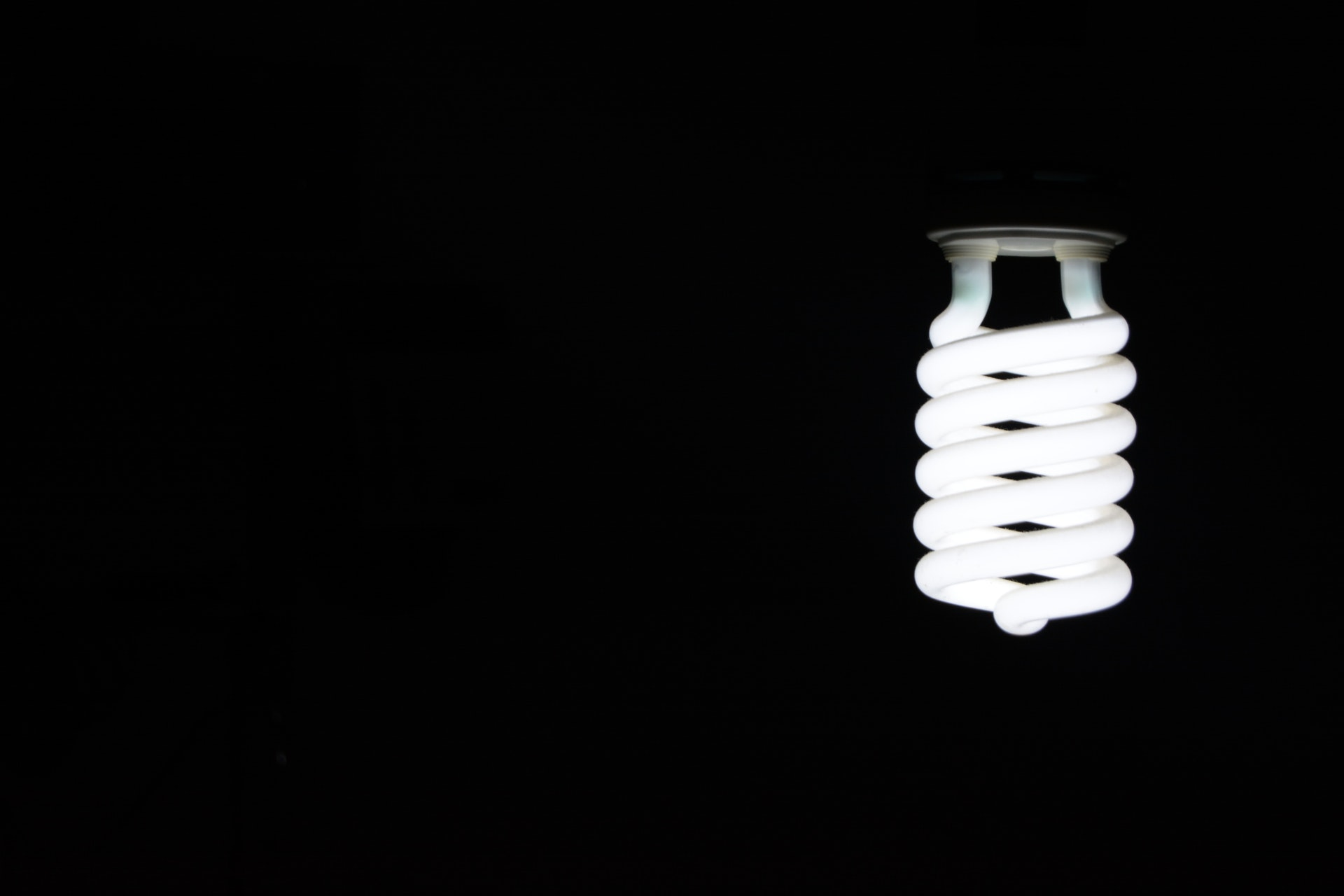 Switching to Compact Fluorescent Bulbs